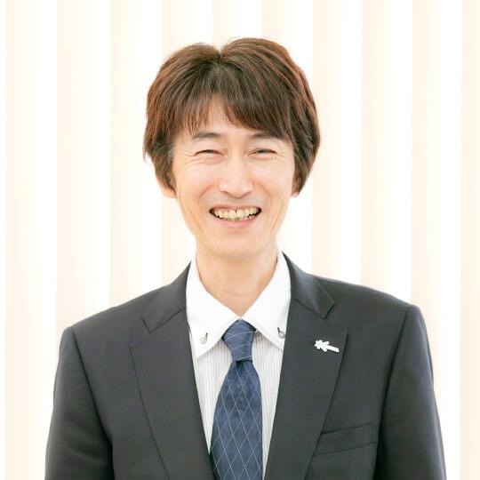 (M.D / サロン事業部  営業部  金沢店  課長)